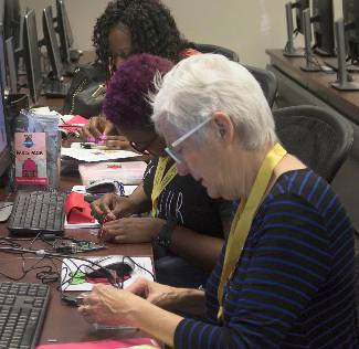 Teachers at a Raspberry Pi workshop